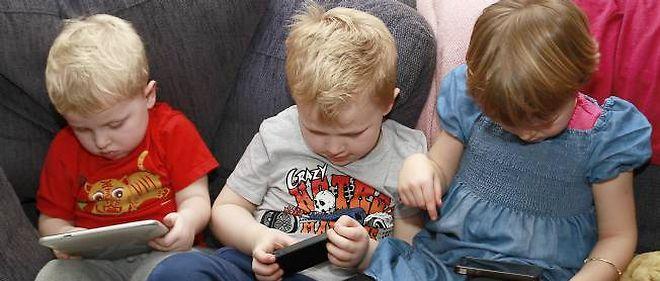 Tablettes pour enfants : la mauvaise idée de cadeau de Noël   Le Point