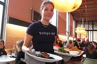 Le salle du restaurant Tokyo Eat à Paris ©Gilles Pudlowski