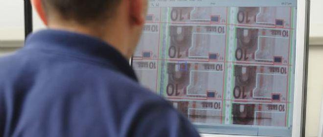 1,5 milliard de billets de 10 euros, nouvelle formule, seront fabriqués dans l'usine de Chamalières.