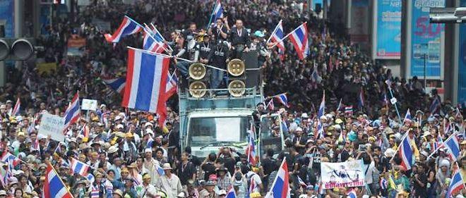 Le 25 novembre dernier, des dizaines de milliers de manifestants se sont rassemblés à Bangkok.