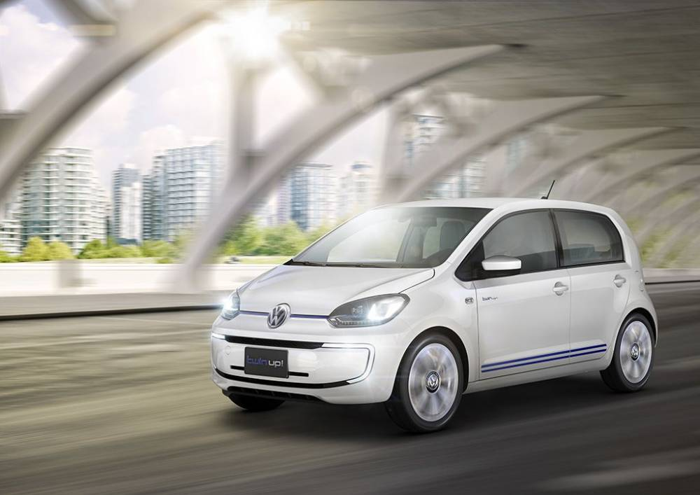 VW TWIN UP! ACTION 3_4_AVG