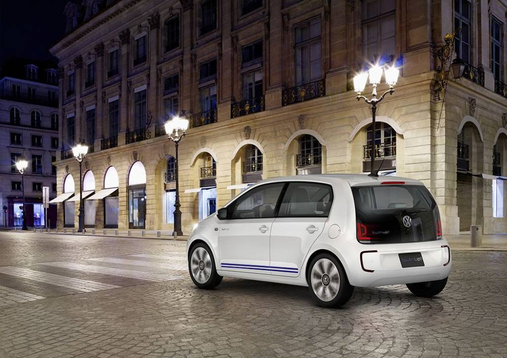 VW TWIN UP ACTION 3_4_ARG
