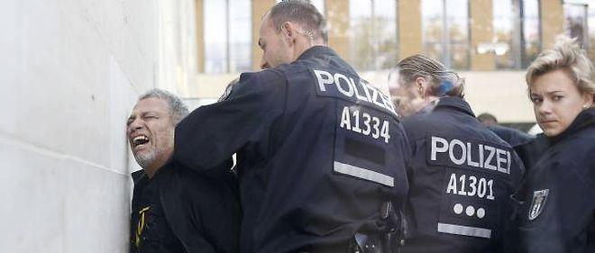 Photo d'illustration. Des policiers allemands en action.