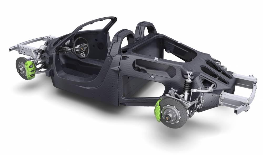 Le superbe châssis carbone a permis de compenser en partie le surpoids de l'hybridation.