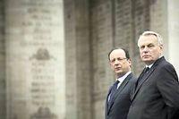 jean-Marc Ayrault et François Hollande doivent dévoiler comment ils compte réformer la fiscalité marquée par une faible progressivité et où les entreprises sont fortement imposées. ©Guibbaud-Mousse