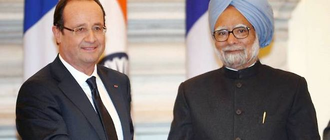 François Hollande et le Premier ministre indien Manmohan Singh. L'Inde doit passer commande de 126 appareils.