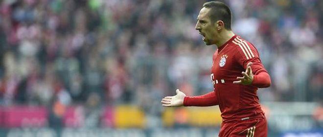 Franck Ribéry, le joueur du Bayern Munich, voudrait s'inspirer de Zinédine Zidane dans son rapport aux jeunes.