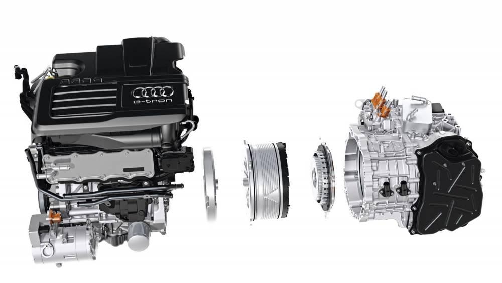 Le moteur électrique de 102 ch est pris en sandwich entre le 4 cylindres de 150 ch et la boîte double embrayages 6 vitesses. ©  Audi