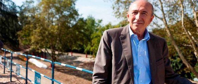 Gérard Collomb donné gagnant aux municipales, mais moins largement qu'en 2008.