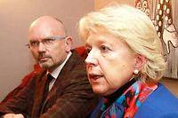 Marie-Jo Zimmermann, ici avec Patrick Thil, réunit son staff chaque semaine. ©Gilles WIRTZ