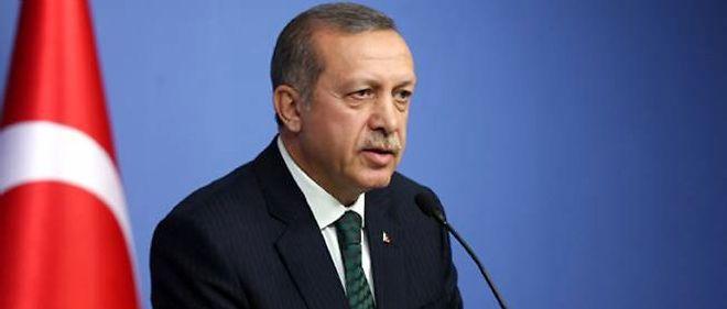 Un des hauts dirigeants évincés a également demandé la démission de Recep Tayyip Erdogan.