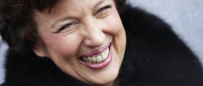 L'ancienne ministre de la Santé Roselyne Bachelot, attaquée dans les enregistrements clandestins de Patrick Buisson, a choisi d'en rire.