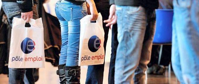 François Hollande a échoué à inverser la courbe du chômage en 2013.