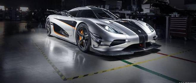 La Koenigsegg One tient son nom de son rapport poids-puissance, soit un kg par cheval, ou dans ce cas 1 360 kg pour 1 360 ch.