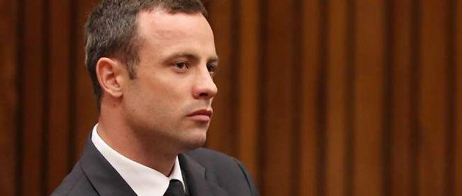 Le champion paralympique sud-africain est poursuivi pour le meurtre de sa petite amie.