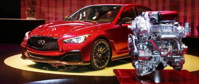 C'est le V6 3,8 l. biturbo de la GT-R qui marque le tempo sous le capot de l'Infiniti Q50 Eau Rouge, dans une évolution développant la bagatelle de 568 ch.