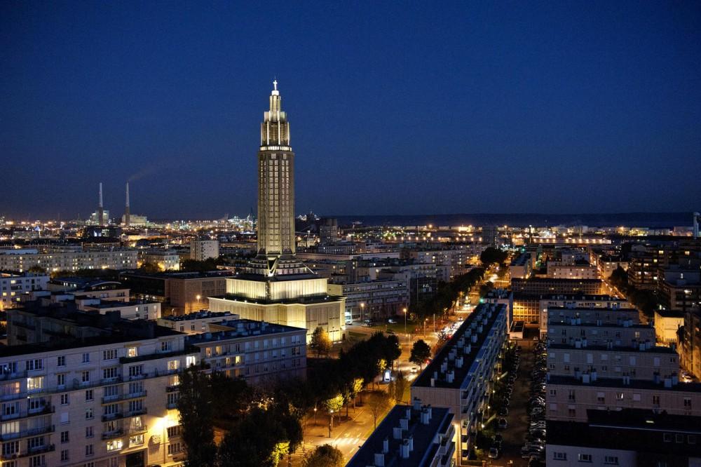 Le Havre avec son plan en damiers, ne subit pas la circulation automobile malgré sa situation portuaire. ©  DT