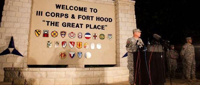 Fort Hood, qui a fourni des soldats pour la plupart des conflits depuis la guerre du Vietnam, avait déjà été le théâtre d'une fusillade meurtrière, en 2009, qui avait fait 13 morts.