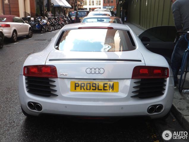 Quel problème ystérieux sur cette Audi R8 ? ©  Auto Gespot
