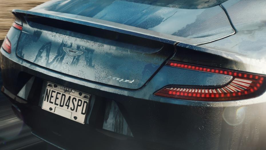 Passer du virtule au réel, tout un programme sur une Aston Martin. ©  DR