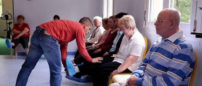 Tous les malades devraient pouvoir bénéficier de soins appropriés, comme des séances de gymnastique
