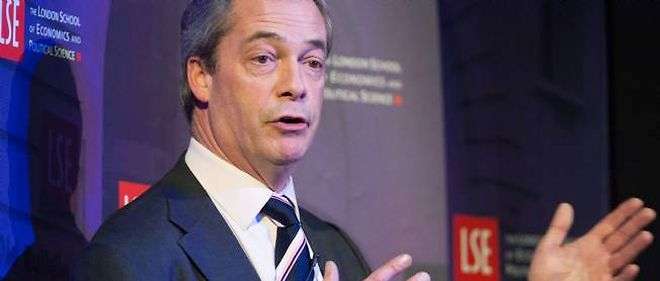 "Nigel Farage menace d'attaquer le magazine ""Times"" en justice."