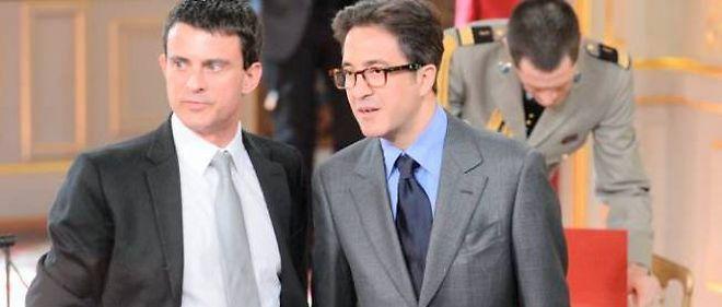 Manuel Valls et Aquilino Morelle, le jour de l'investiture de François Hollande à l'Élysée.
