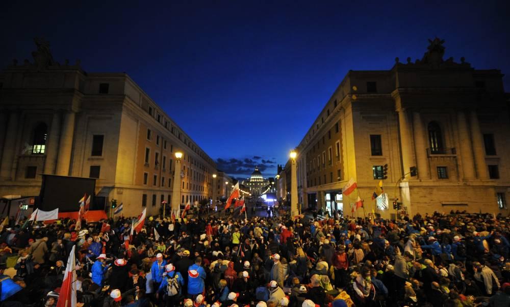 La Via della Conciliazione, dimanche à l'aube. © Tiziana Fabi / AFP