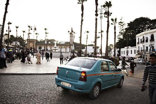 """La première Logan a été tout de suite adoptée, notamment par les """"petits taxis"""" marocains ©  DR"""