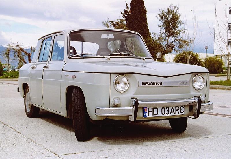 La première Dacia est une R8 construite sous liecence. ©  DR