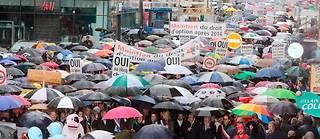 Manifestation des frontaliers à Annemasse le 20 octobre 2013. ©Norbert FALCO/Maxppp