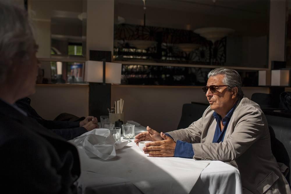 """Christian Clavier livre sa technique d'acteur : """"Je rentre dans mes personnages par leurs tares"""" ©  Reportage Khan Renaud / Sqaure pour """"Le Point"""""""