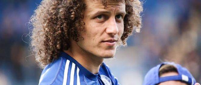 Le défenseur de Chelsea David Luiz, attendu au PSG.