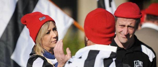 Des membres du mouvement breton des Bonnets rouges.