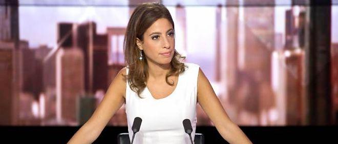 """Léa Salamé, animatrice de """"Ça se dispute"""" sur i>Télé, rejoint """"On n'est pas couché"""", sur France 2, pour prendre la suite de Natacha Polony."""