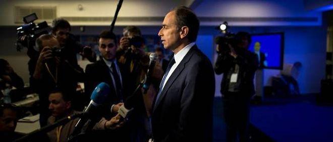 """Le président démissionnaire de l'UMP a estimé que le compromis trouvé à l'issue du bureau politique de l'UMP était """"la formule de la sagesse""""."""