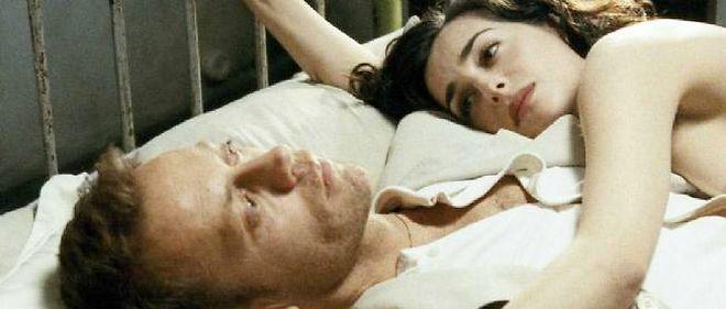 """Rocco Siffredi et Amira Casar dans le film """"L'Anatomie de l'enfer"""", réalisé par Catherine Breillat."""