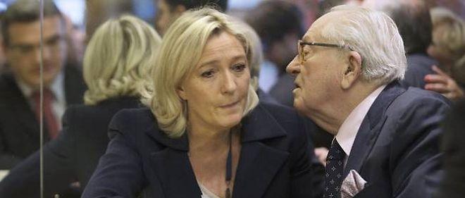 """En parlant dans son blog vidéo de """"fournée"""" à propos de Patrick Bruel et d'autres artistes anti-FN, Jean-Marie Le Pen a provoqué la colère de sa fille."""