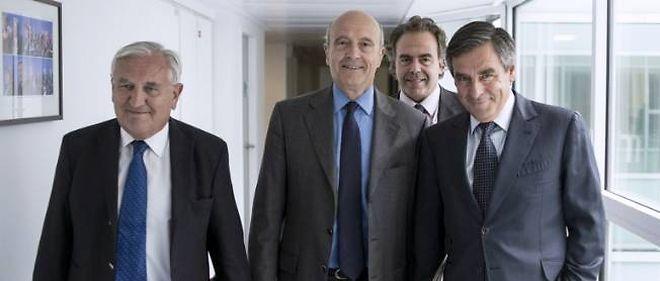 Les anciens Premiers ministres François Fillon, Alain Juppé et Jean Pierre Raffarin sont coprésidents par intérim de l'UMP. Luc Chatel assure le poste de secrétaire général intérimaire.