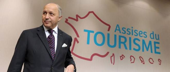 Laurent Fabius aux Assises du tourisme.
