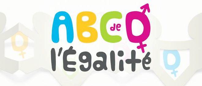 """ABCD de l'égalité : """"reculade"""" devant une """"poignée d'illuminés réactionnaires"""""""
