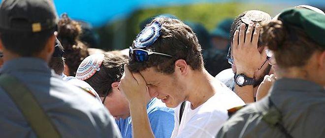 L'émotion était très forte, lundi, aux funérailles de Gilad Shaer, l'un des trois jeunes Israéliens assassinés près d'Hébron.