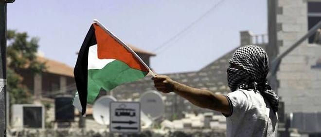 Meurtres de trois adolescents israéliens, puis vengeance sur un jeune Palestinien... La région s'embrase, faisant craindre une nouvelle Intifada.