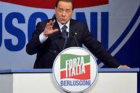 Au terme d'une rencontre de deux heures de, Matteo Renzi et Silvio Berlusconi ont confirmé jeudi leur accord sur les grandes réformes constitutionnelles. ©ANDREAS SOLARO / AFP