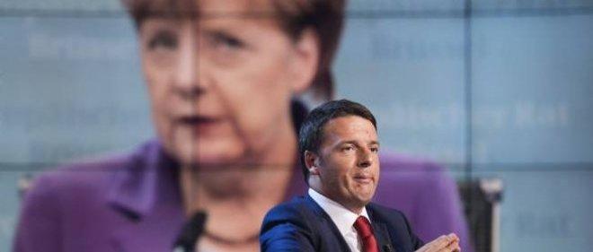 """Le couple Merkel-Renzi est présenté par le """"Financial Times"""" comme le nouveau """"moteur de l'Europe""""."""