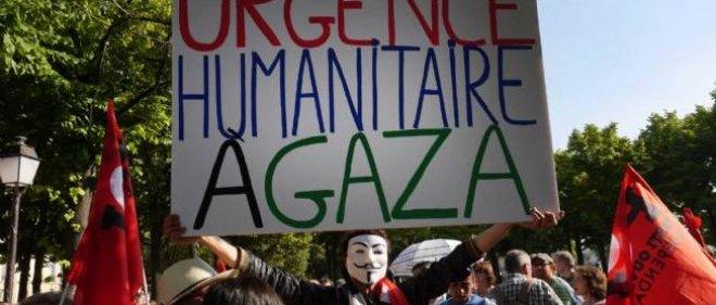 Manifestation à Paris contre les tirs de missiles israéliens sur Gaza.