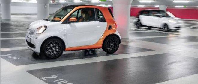 Les Smart ForTwo et ForFour débarqueront en France au mois de novembre à un tarif qui devrait débuter sous la barre des 11 000 euros.