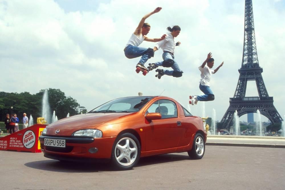 L'Opel Tigra, en 1994, voulait conquérir Paris ©  Opel