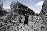Beit Hanoun, samedi 26 juillet, jour de trêve humanitaire. Trente cinq corps ont été retrouvés dans les décombres. ©Mohamed Abed/AFP