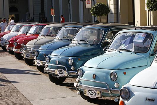 La Fiat 500 a sauvé Fiat et reste aujourd'hui encore un symbole de marque encombrant, trop orienté sur les petites voitures ©  DR